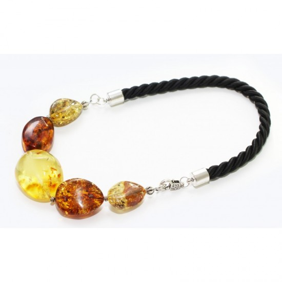 Unique baltic amber necklace. 45cm/17.7in