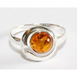 Baltic amber silver 925 ring. 9.75