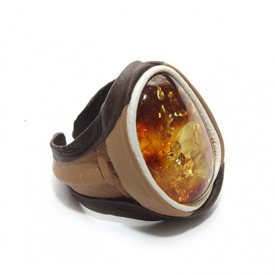 Adjustable baltic amber& natural leather ring.